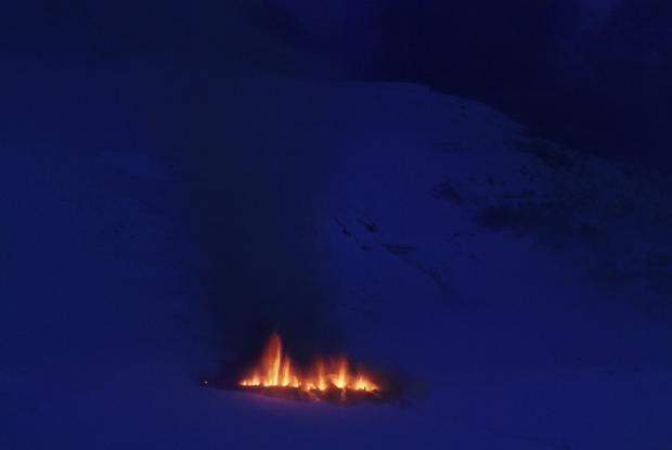 volcan-sobre-el-hielo